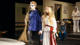 Cinzia Fossati   costumes   musical   kids for kids