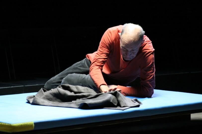 Cinzia Fossati | costumes | das Mädchen mit den Schwefelhölzern | director Benedikt von Peter | Oper Frankfurt