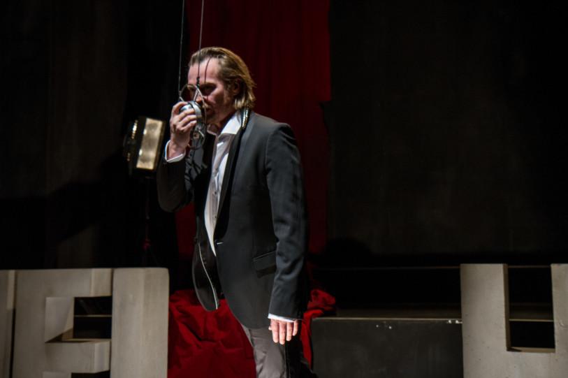 Cinzia Fossati | costumes | die Anmaßung | Manuel Harder | Florian von Hoermann | Abschied von Gestern | Staatstheater Stuttgart | Schauspiel Stuttgart Nord
