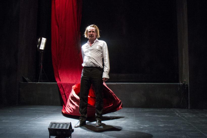 Cinzia Fossati   costumes   die Anmaßung   Manuel Harder   Florian von Hoermann   Abschied von Gestern   Staatstheater Stuttgart   Schauspiel Stuttgart Nord